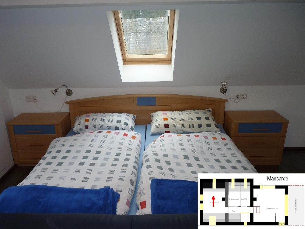 ferienhaus engelsdorf schlafzimmer des gro en ferienhaus. Black Bedroom Furniture Sets. Home Design Ideas